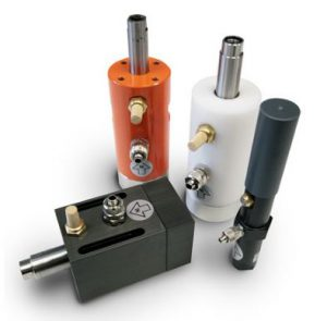 Linear pneumatic vibrator