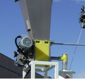 Dosing volumetric feeder