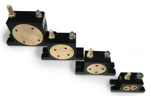 Roller type pneumatic vibrator