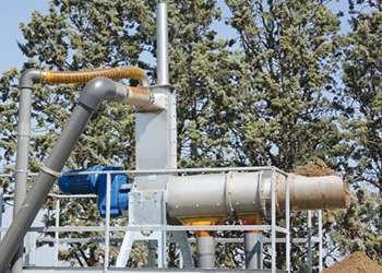 Animal waste and biogas dewatering